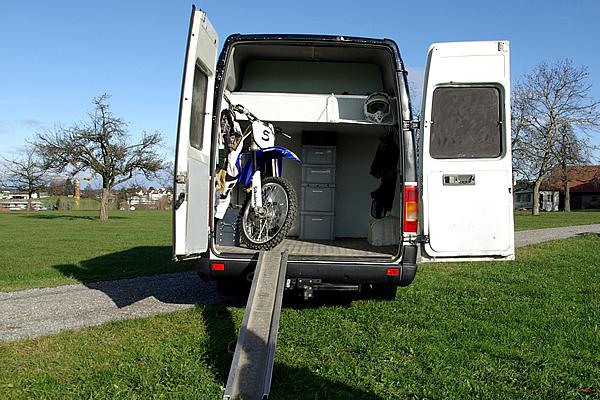 motorradgarage selber bauen fahrradbox bikeport schuppen. Black Bedroom Furniture Sets. Home Design Ideas
